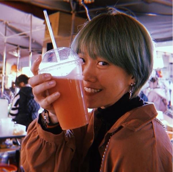 Profile Lengkap Food Vlogger Ria Sukma Wijaya