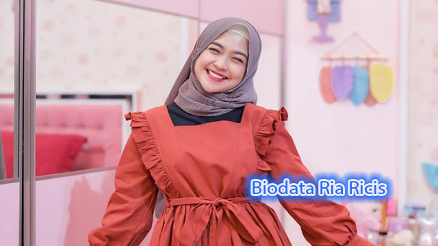 Biodata Ria Ricis